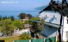Дом под ключ с бассейном и видом на море (сдается целиком)