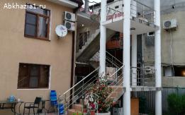 Продаётся дом в Гагре, элитный район. До моря 60 метров.