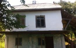 Продаю земельный участок вместе с домом в селе Нижняя Яштхуа