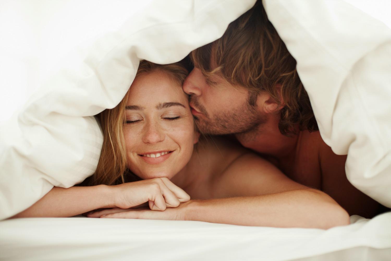 Как в постели мужу сделать приятно